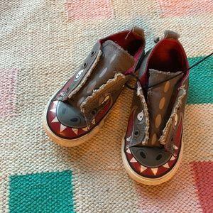 Converse Shark Toddler elastic slip-ons size 9